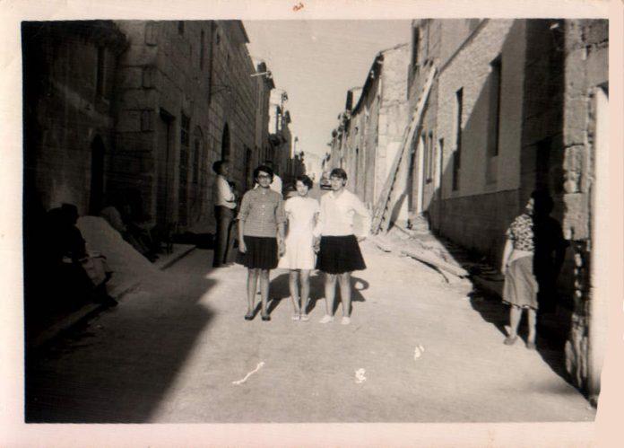 EN LA CALLE PARE ALZINA - 1968