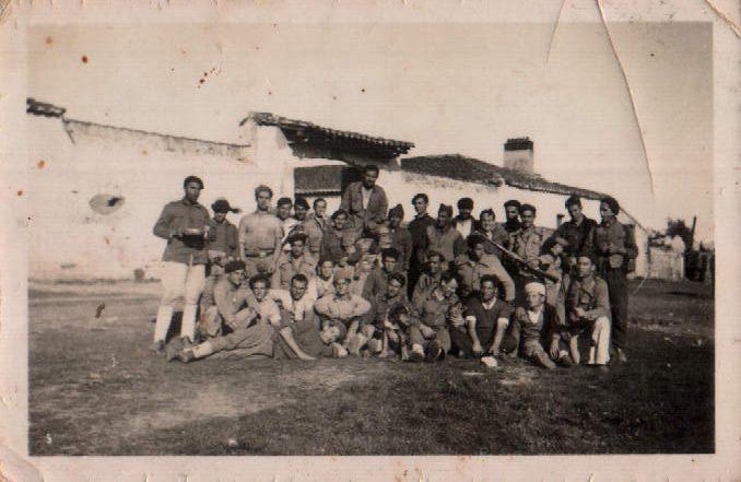 MILITAR GRUPO - 1944