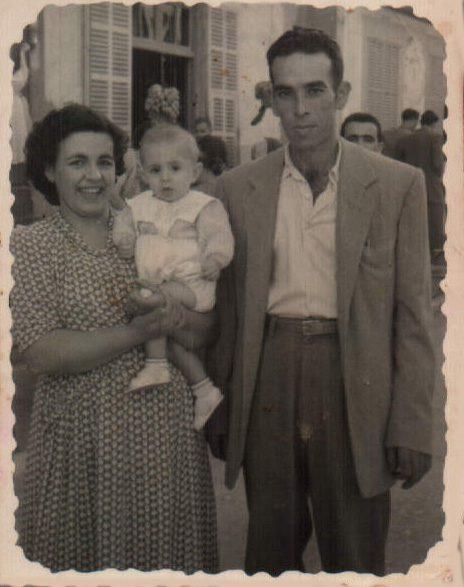 FAMILIA - 1942