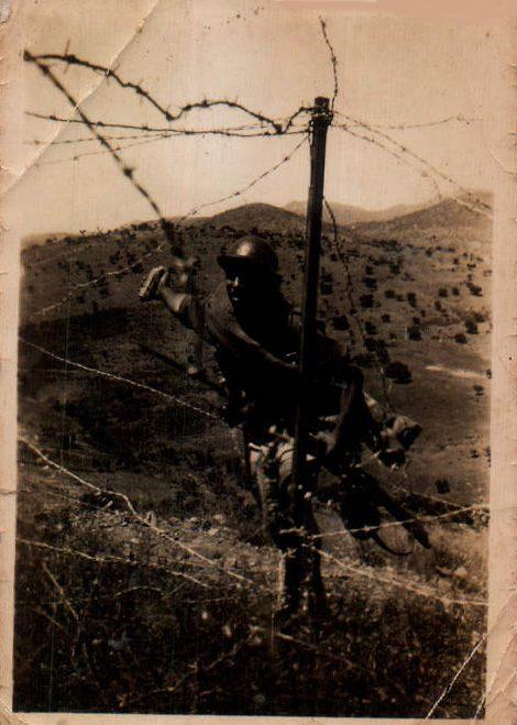 TRINCHERA MILITAR - 1945