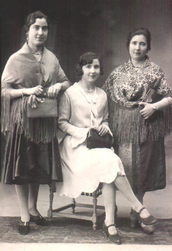 RETRAT TRES GERMANES - 1929