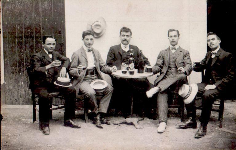 Grup de senyors a un café – 1921