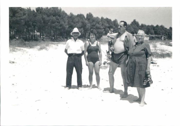 Can Picafort, en la playa – 1972