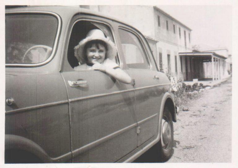 Niña en un coche – 1967