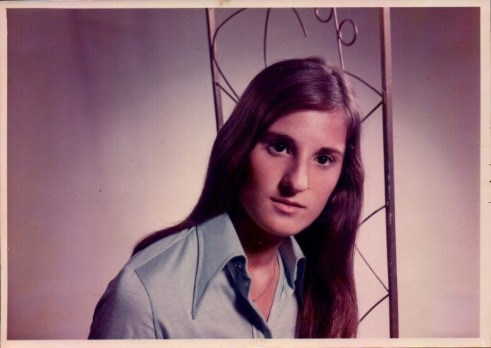 ROSTRO DE M. CARMEN BORDOY TARONGI - 1973