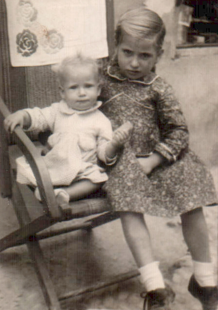 Dos hermanas – 1944