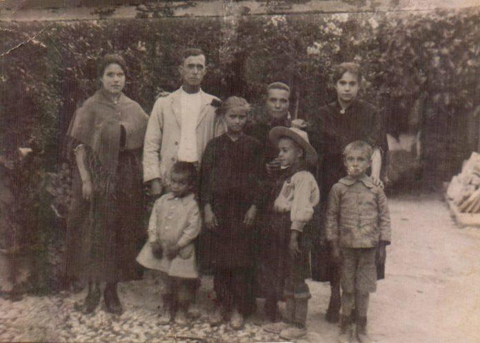 FOTO FAMILIAR - 1923