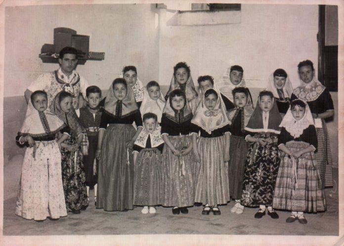 ESCUELA BALL DE BOT - 1957