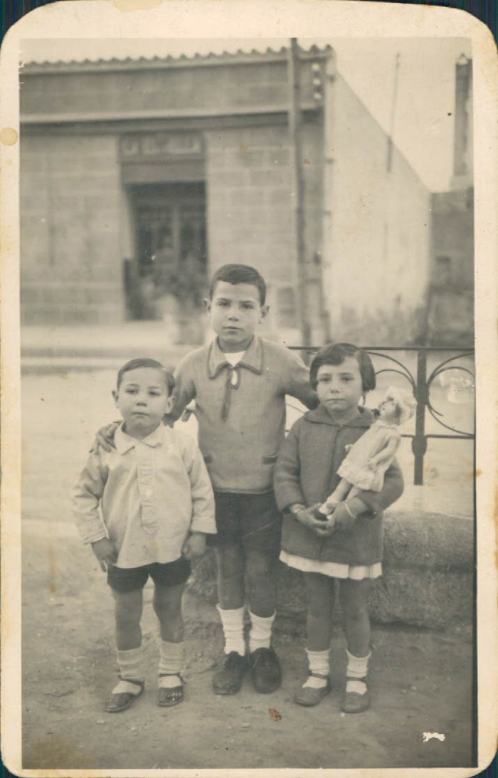 Posando – 1927