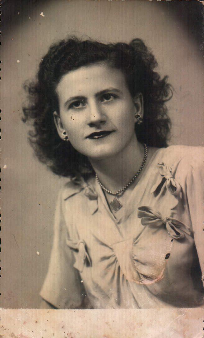 PADRINA A L´ESTUDI - 1950
