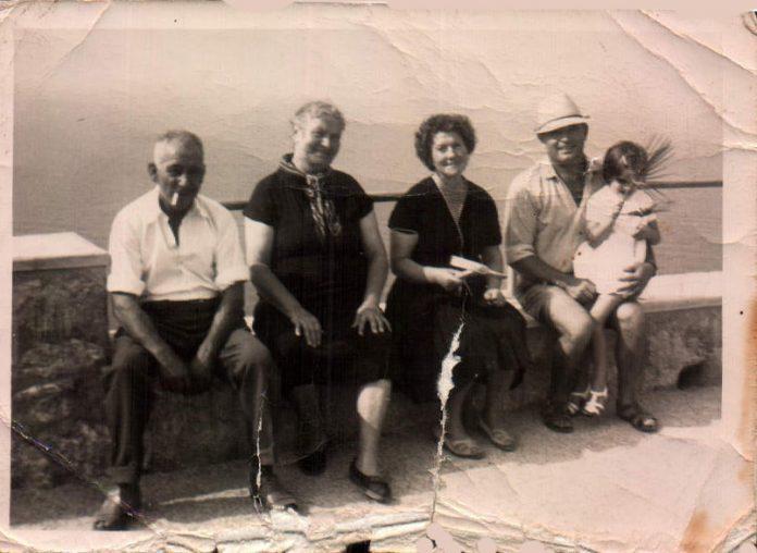 FAMILIA - 1950