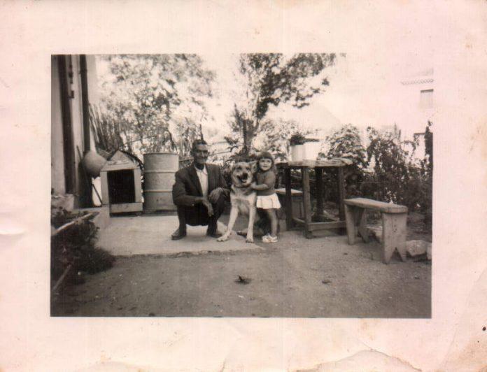MI TIO Y SU HIJA - 1960