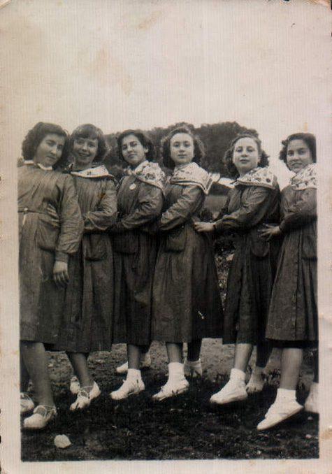 ESTUDIANTS TRINITARIES - 1950