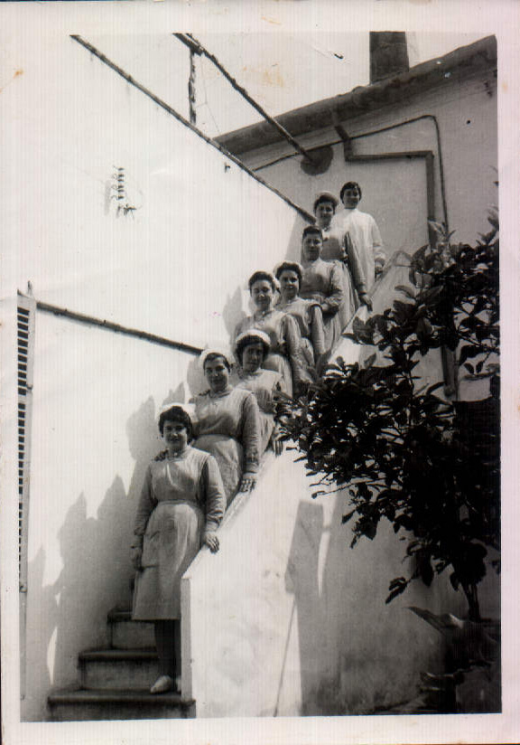 ESTUDIANTS TRINITARIES - 1952