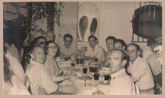 COMIDA CAN MOLINAS - 1956