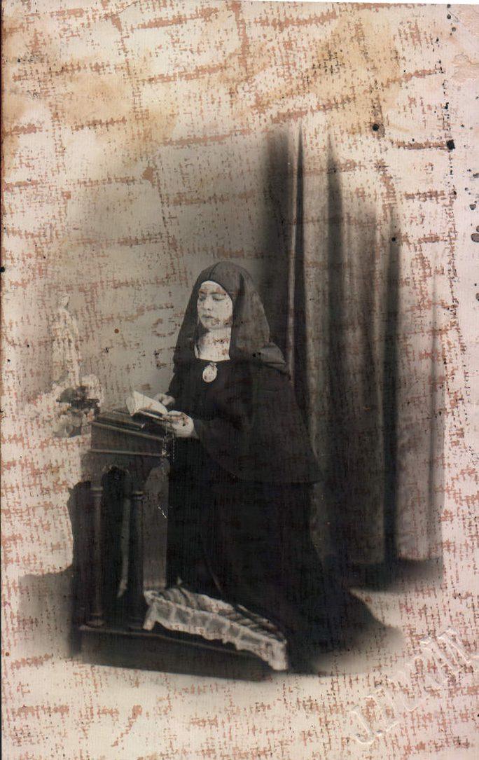 MONJA - 1900