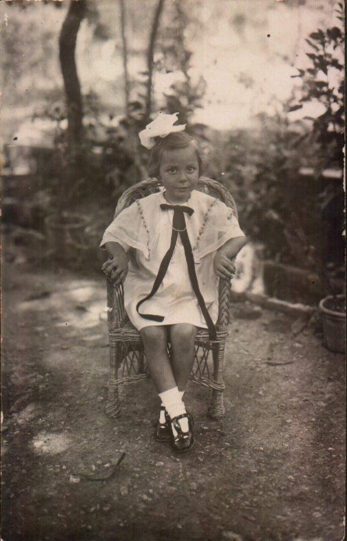 NIÑA - 1942