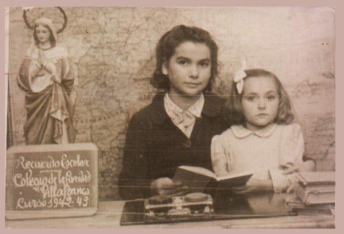 FOTO ESCOLAR DE DOS ALUMNAS - 1942