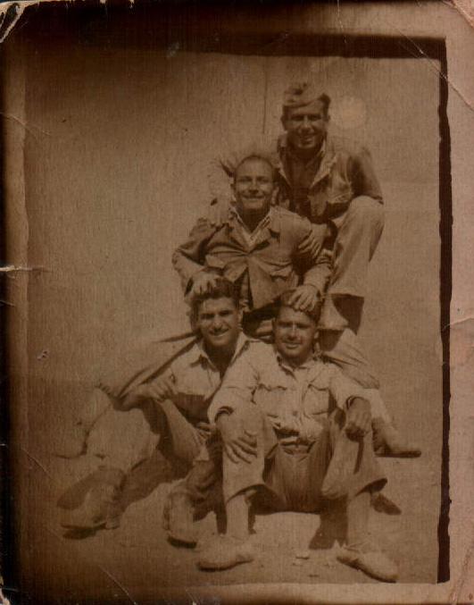 SOLDADOS - 1950