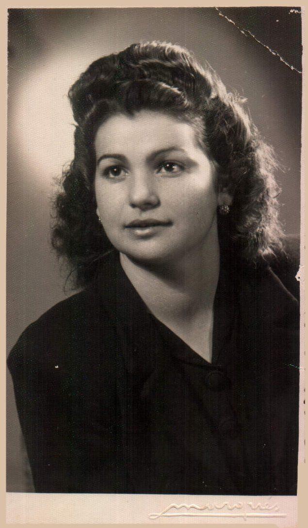 A LOS 15 AÑOS - 1945