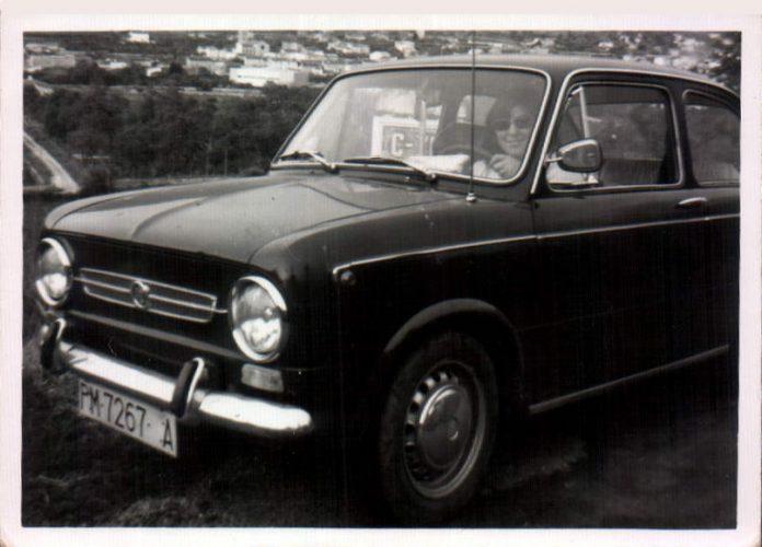 COCHE ANTIGUO - 1965