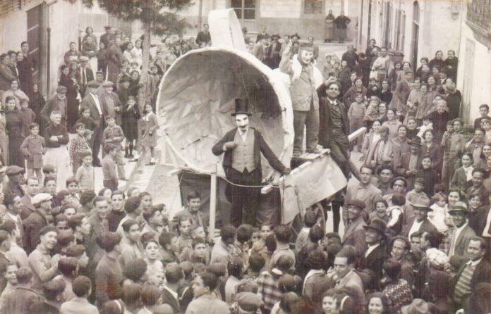 CARROZA DEL EMBUDO (REPUBLICA) - 1930