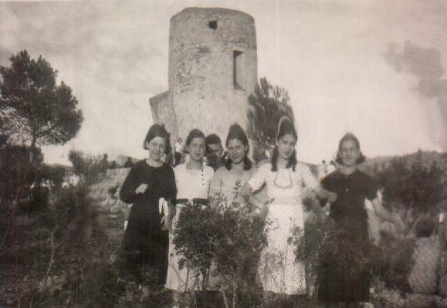 GRUPO AMIGAS - ERMITA ANDRATX - 1930