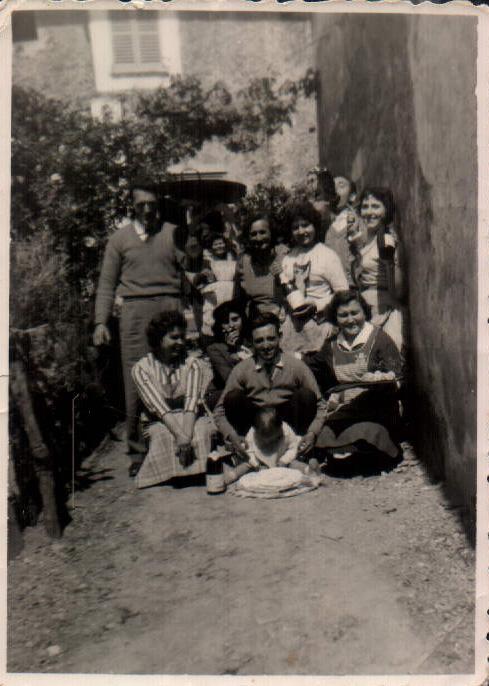 GRUPO AMIGAS MI MADRE - 1950