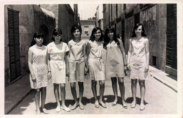 GRUPO AMIGAS - 1954