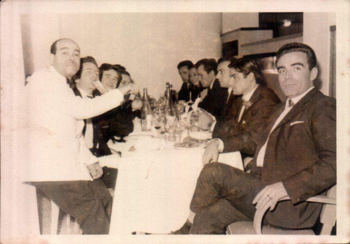 AMIGOS CENANDO - 1960