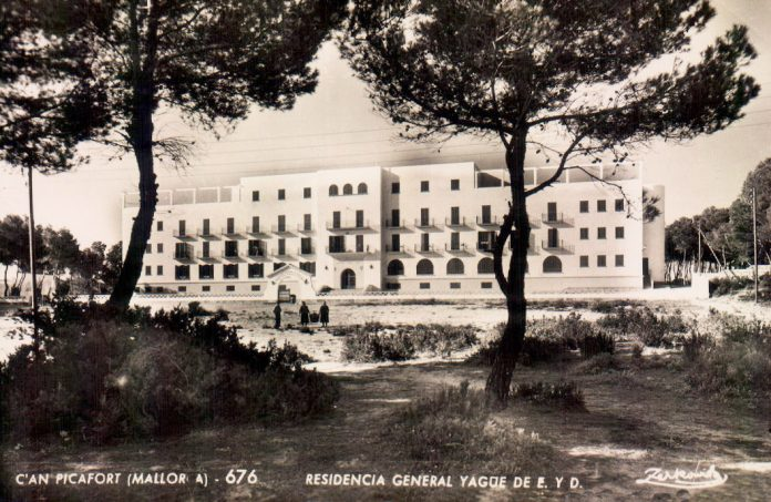 RESIDENCIA GENERAL YAGUE CAN PICAFORT - 1956