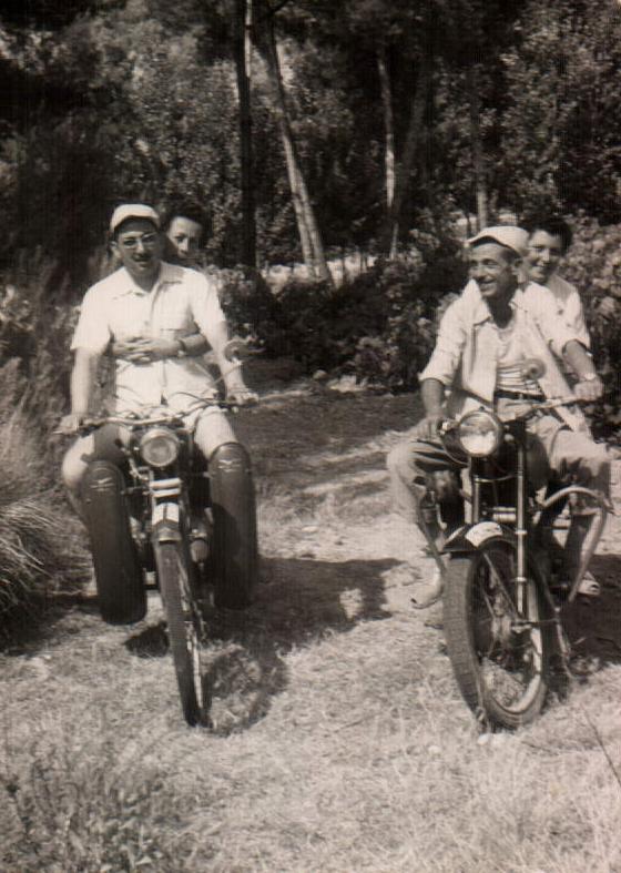 VUELTA EN MOTO - 1958