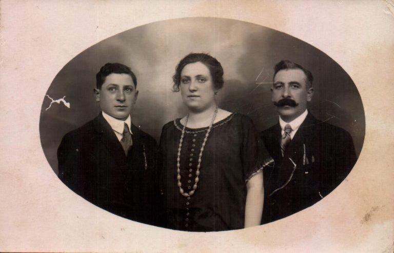 Familiar (Francia) – 1923