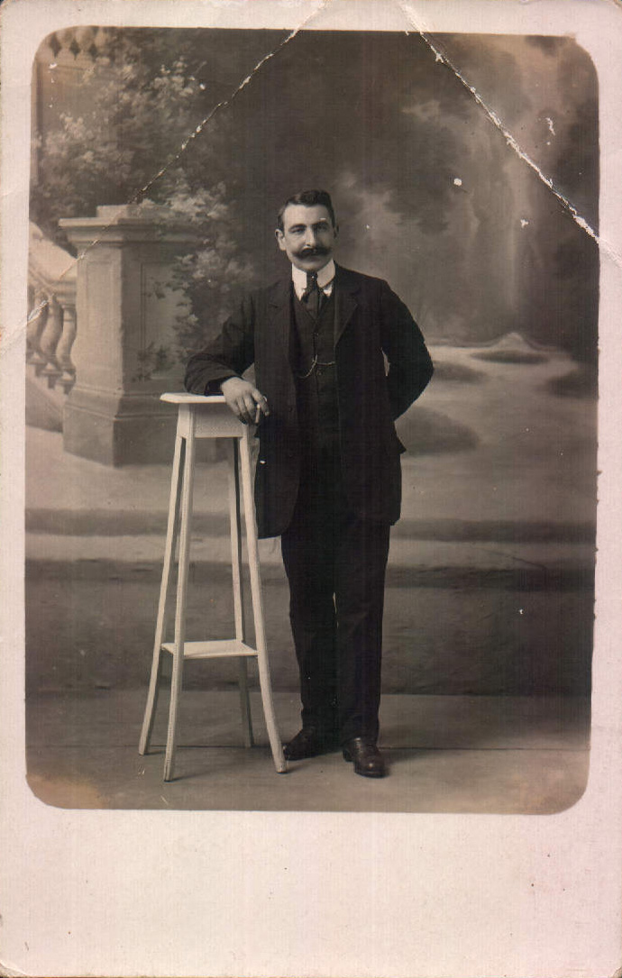 Familiar (Francia) – 1920