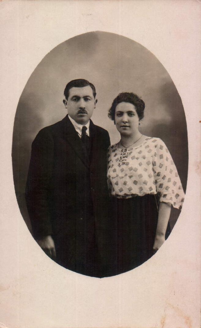 FAMILIAR - 1923