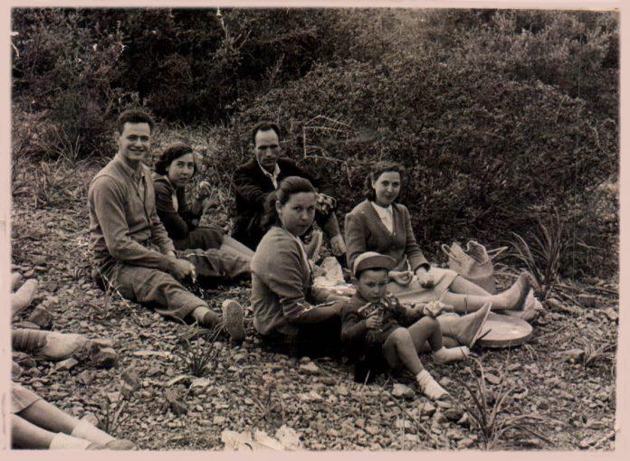 FAMILIARES - 1955
