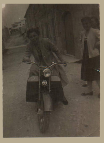 JO - 1957