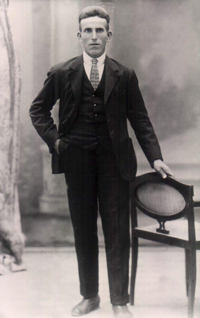 Hombre – 1919