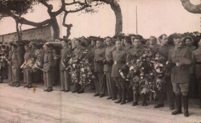 Enterrament militars morts a Llucalcari (Menorca) – 1953