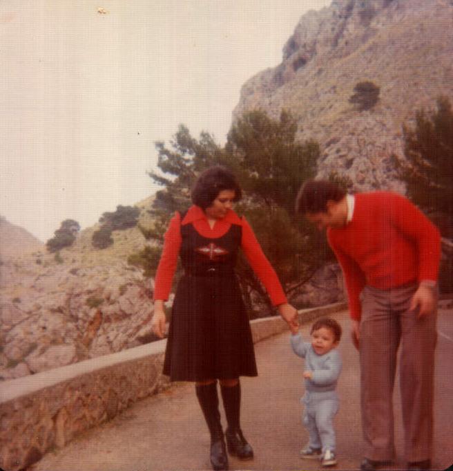FAMILIA - 1977