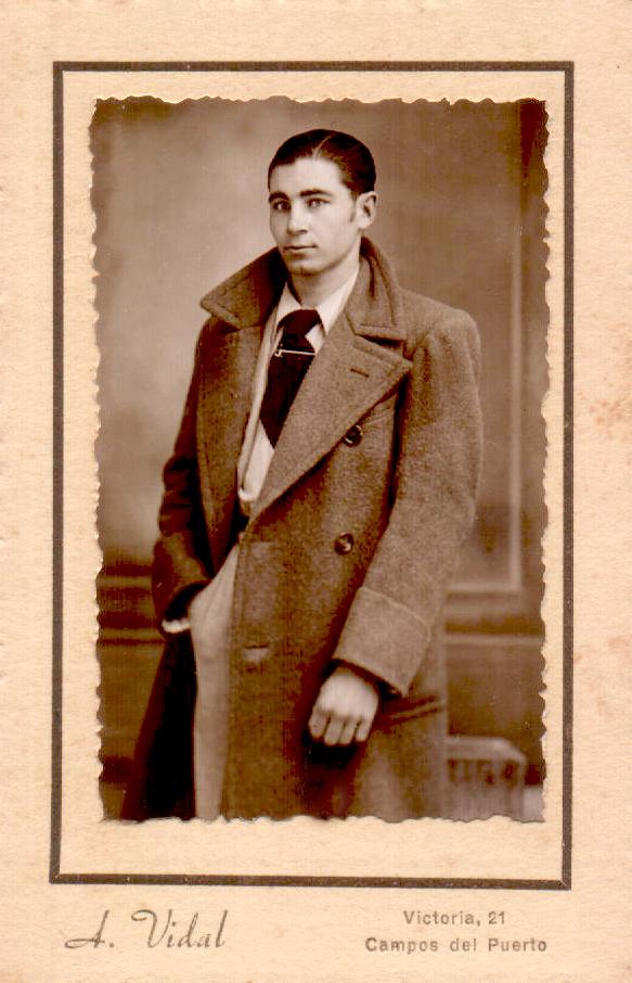 RETRATO J.M.V. - 1940