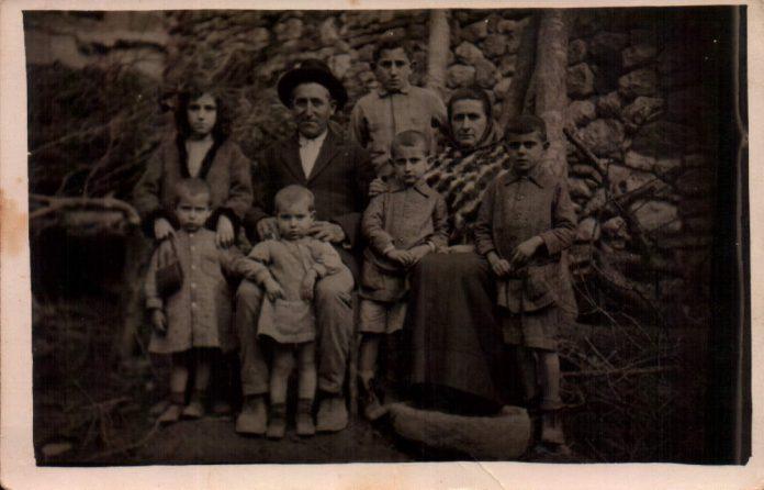 FAMILIAR - 1917