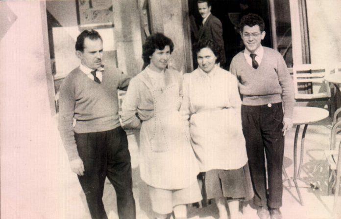 FOTO PROPIETARIOS BAR NADAL DE SOLLER - 1950