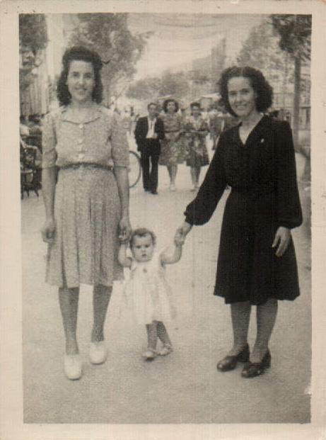 MI MADRE Y YO - 1946