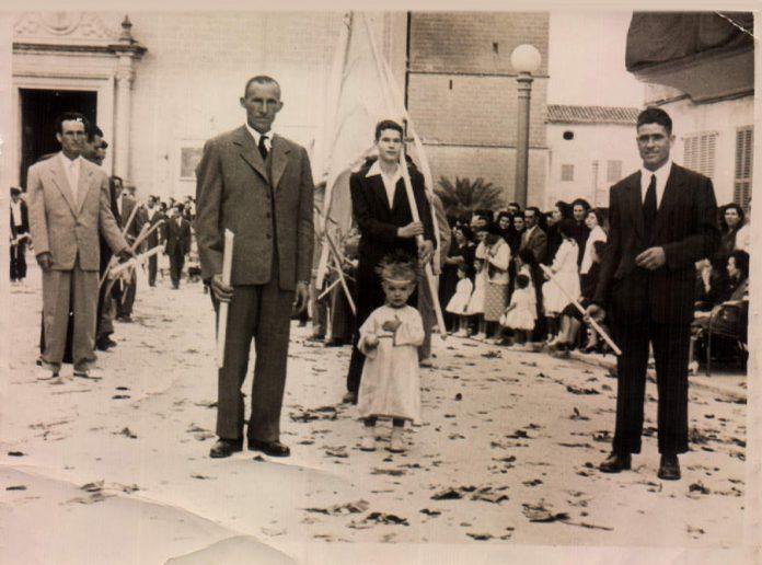 COMUNIO - 1920