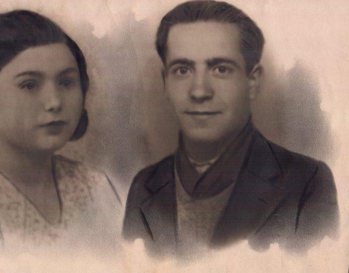 PAREJA - 1935