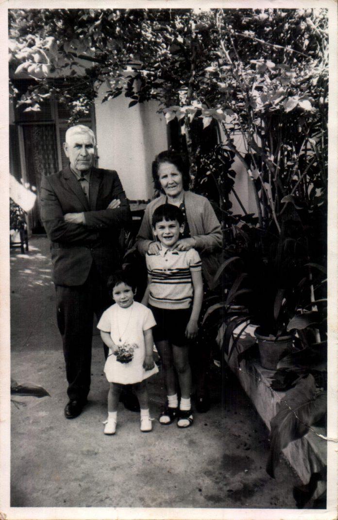PADRINS I NETS AL CORRAL - 1970