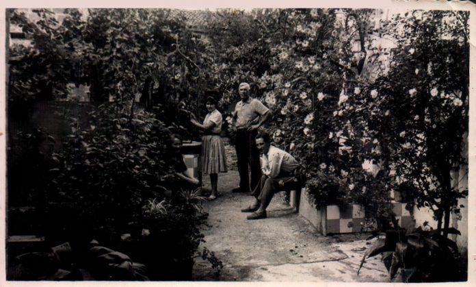 FAMILIA AL CORRAL - 1940