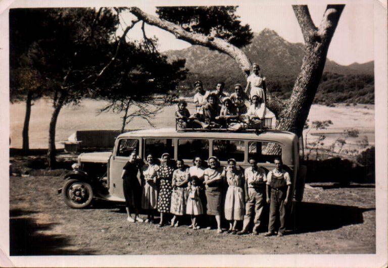 Excursió amb bus (Canyamel) 1930