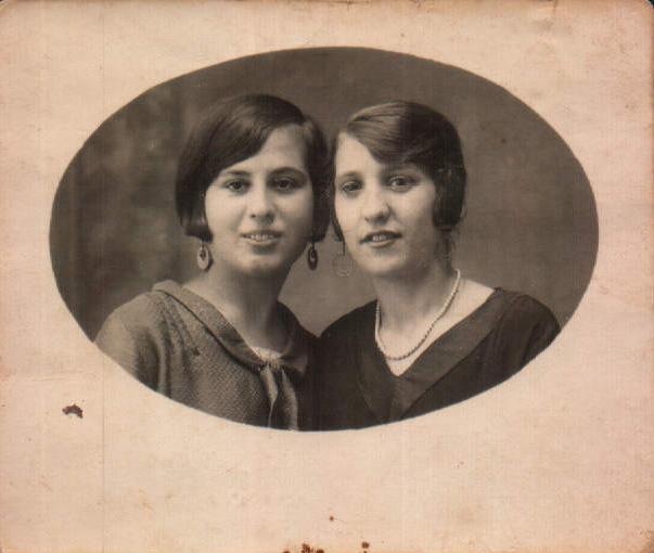 MIS PRIMAS - 1948